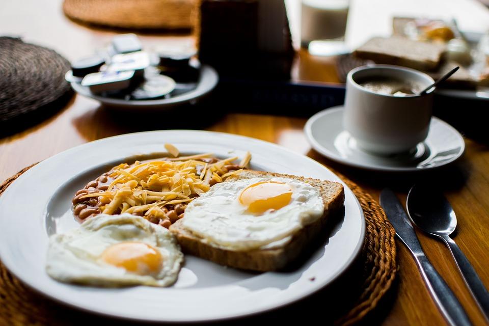 pečena jajca