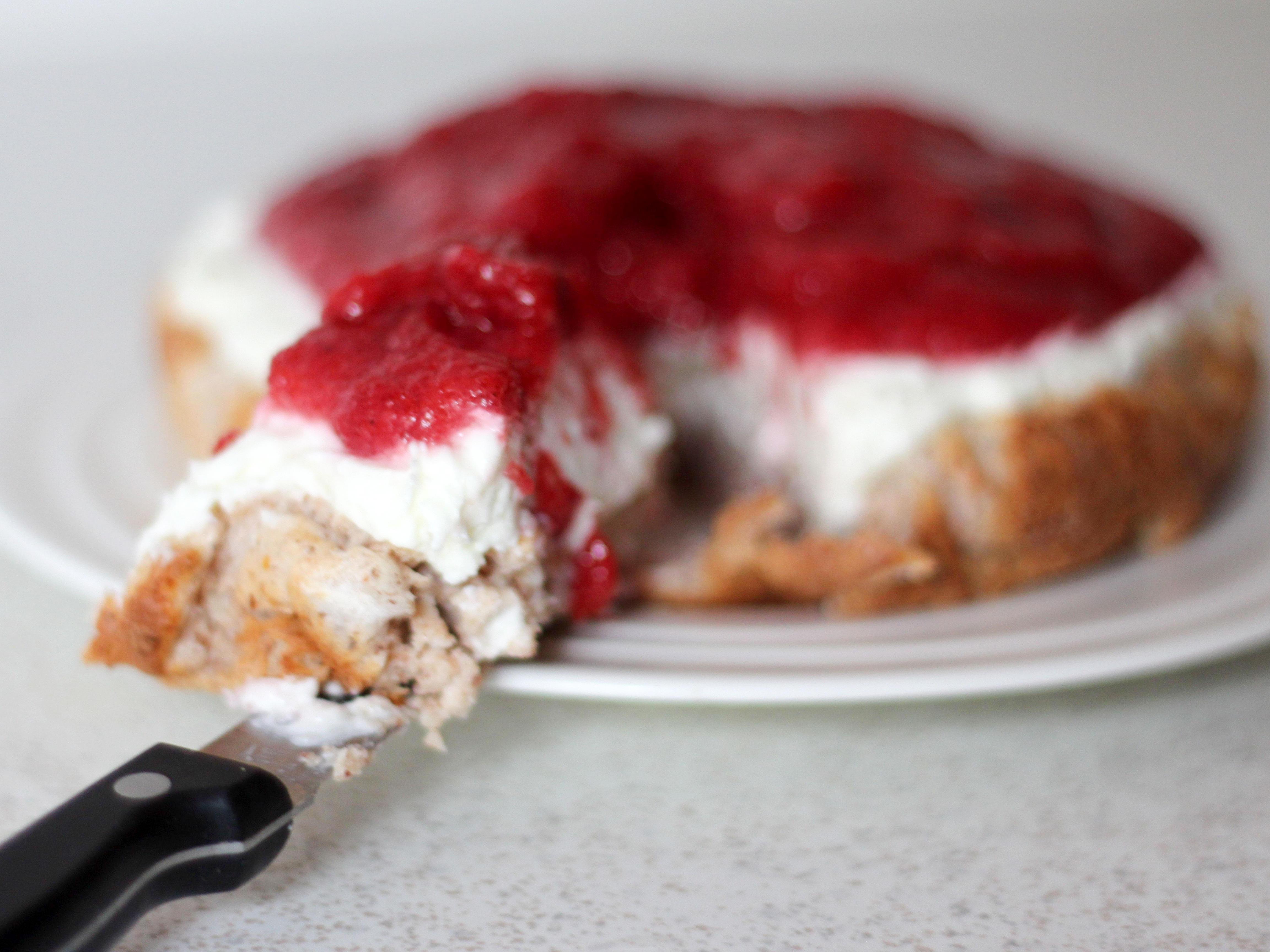 Low carb jagodna torta brez moke