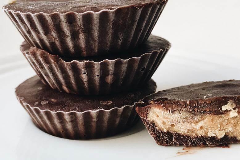 Arašidove skodelice s čokolado